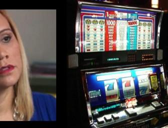 Woman hits $8M jackpot, casino claims machine malfunctioned