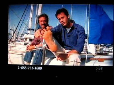 Kirk Cameron Calls His Stupid Little Toe A Jelly Bean